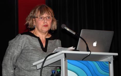 Brigitte Galliot, vice-rectrice de l'Université de Genève a salué la collaboration entre les deux universités de l'Arc lémanique au sein du PRN LIVES et du Centre LIVES. @Martine Dutruit