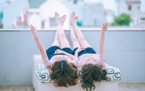 Les jumeaux au cœur de la recherche sur les inégalités dans le parcours de vie